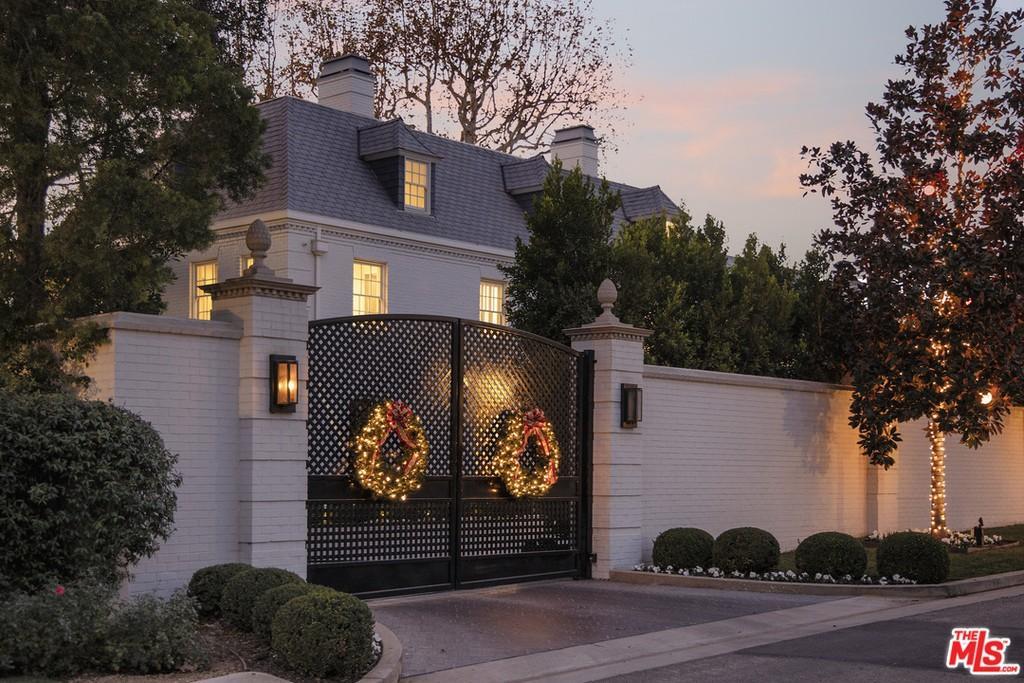 Elegant gates