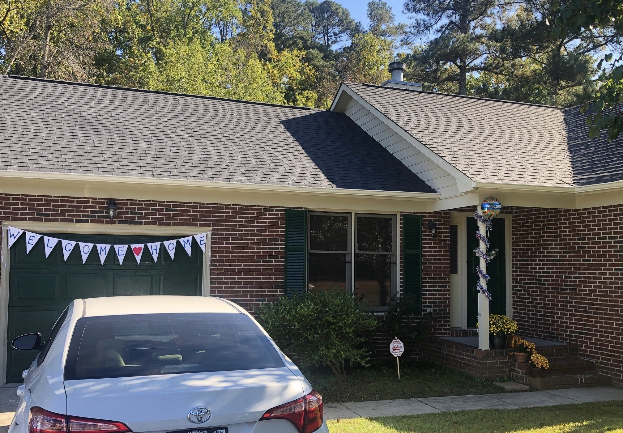 Johnson decorated the house for LaVallee's return from deployment.